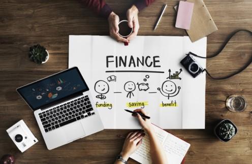 Business-loan-finance-drawing-laptop